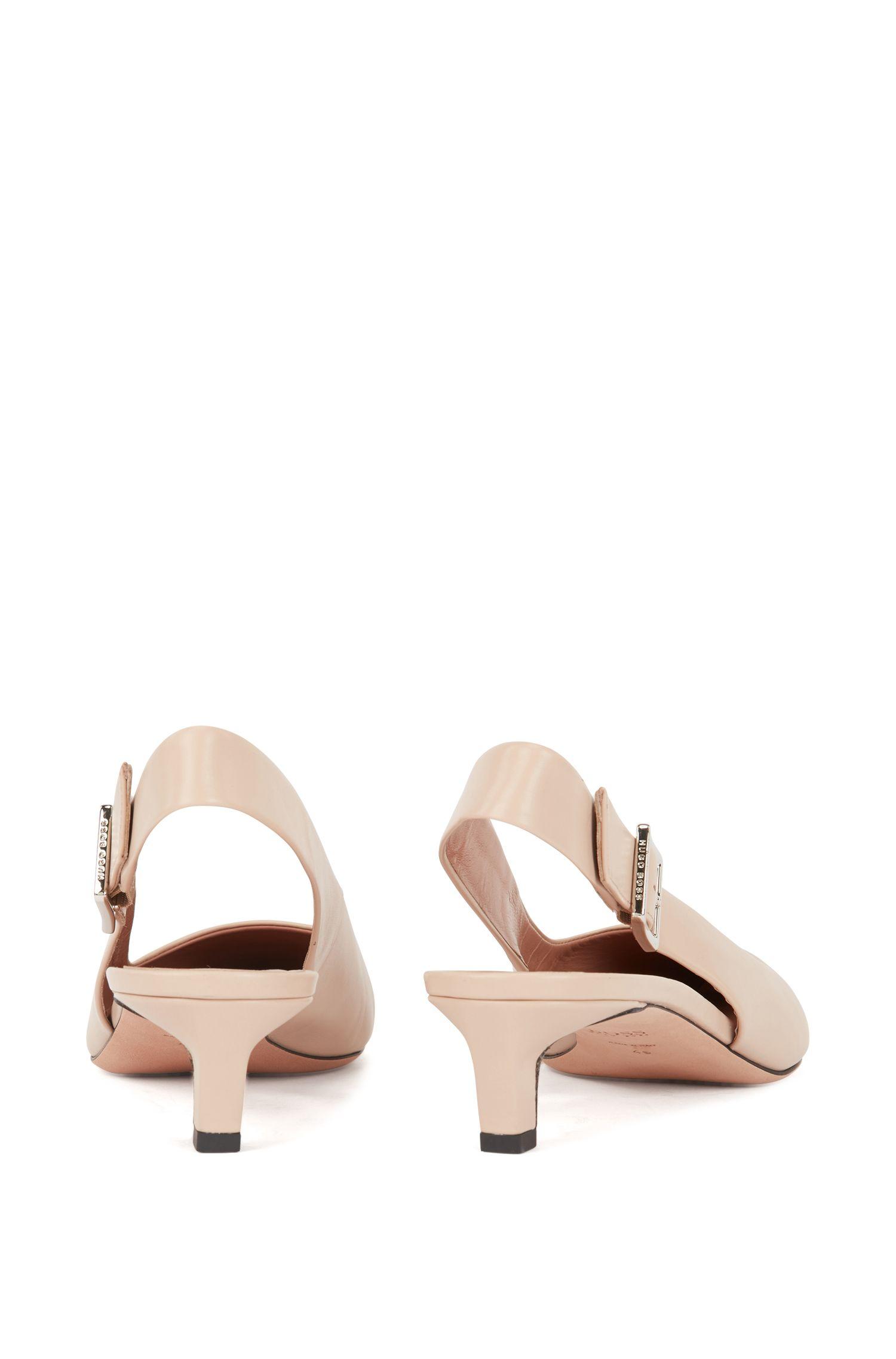 Scarpe aperte sul tallone a punta in pelle di vitello prodotta in Italia, Beige chiaro