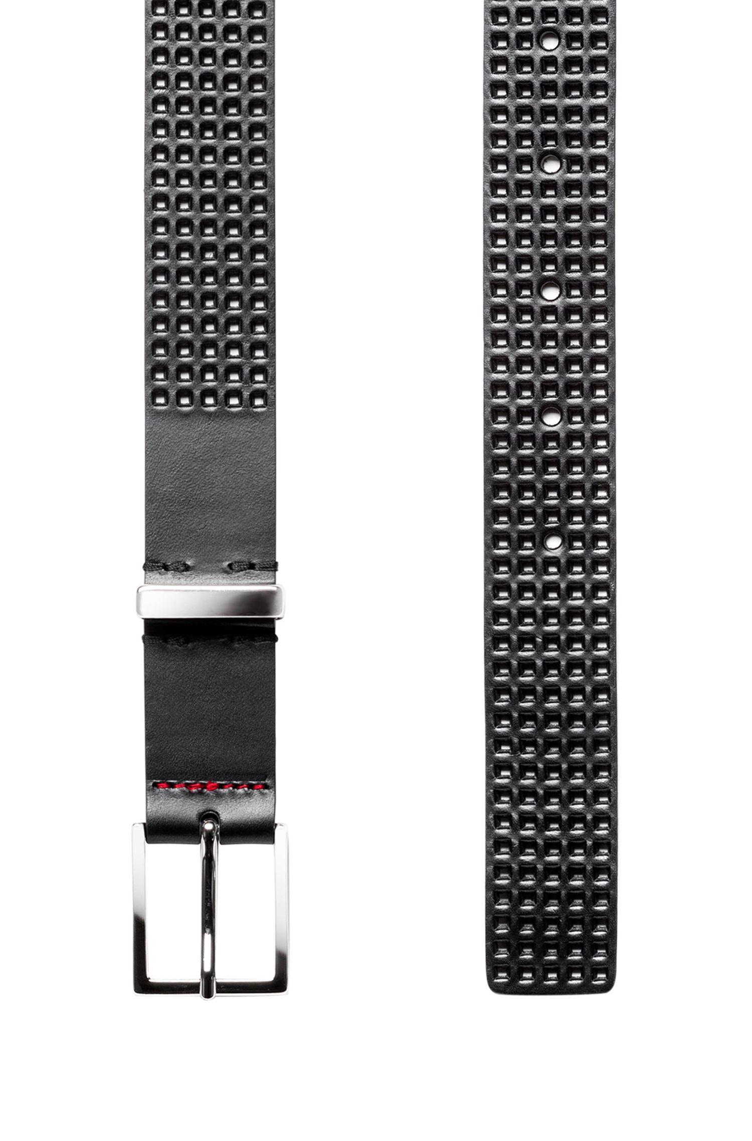 Cinturón elaborado en Italia con piel perforada y hebilla en plata, Negro