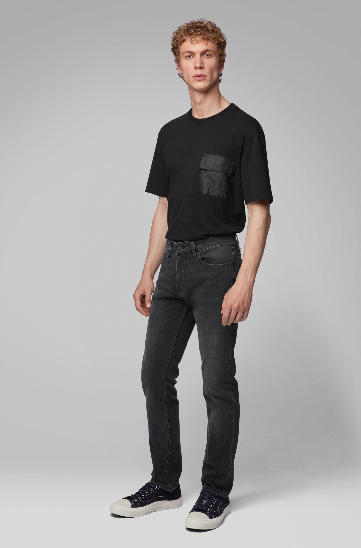 T-Shirt aus Baumwoll-Jersey mit Tasche aus Tyvek®, Schwarz