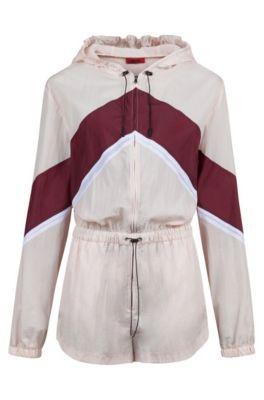 Korte jumpsuit uit de Fashion Show-lijn, met colourblocking