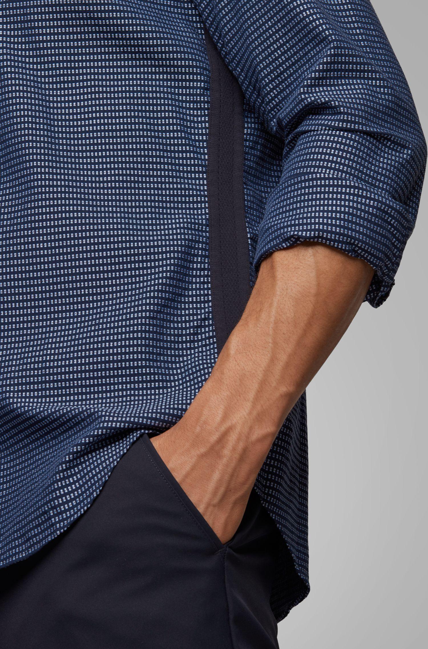 Slim-Fit Hemd aus Baumwolle mit seitlichen Details, Gemustert