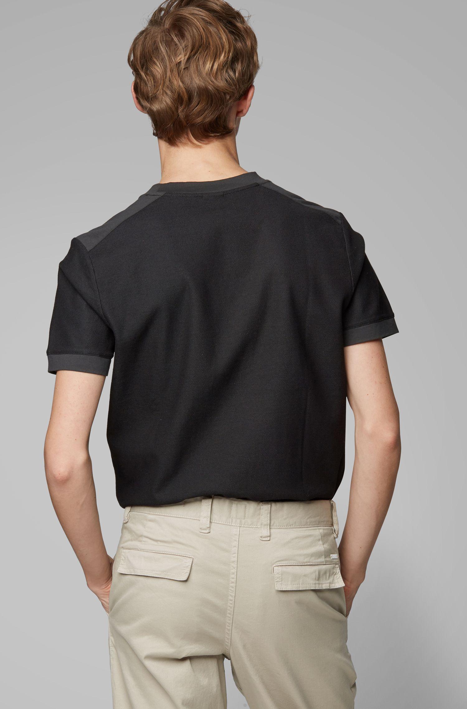 T-shirt van gewassen katoen met ronde hals en ton-sur-ton contrasten, Antraciet