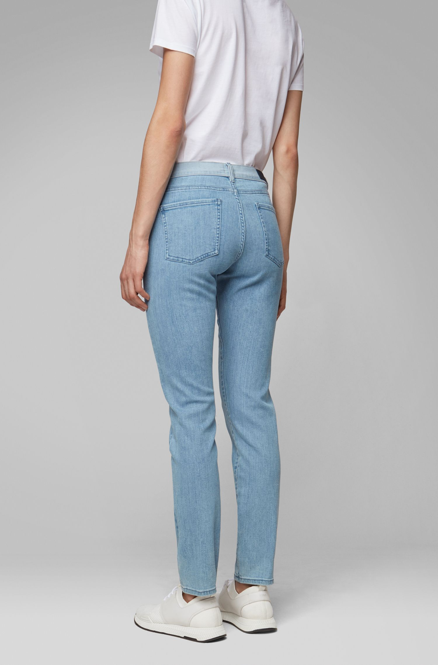 Slim-Fit Jeans aus Stretch-Denim mit kontrastfarbenem Bund, Blau