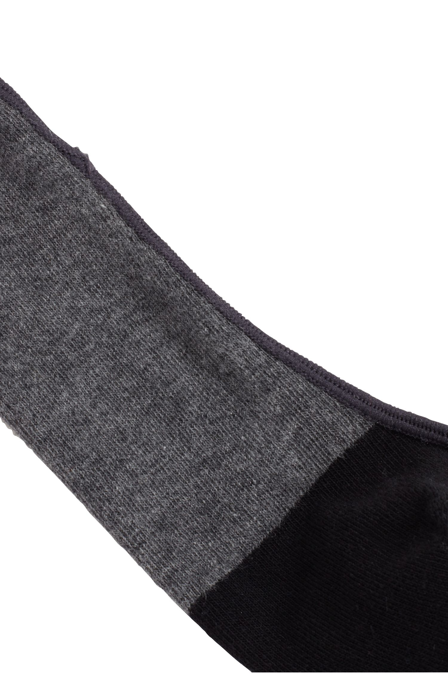Invisible socks in a combed stretch-cotton blend, Grey