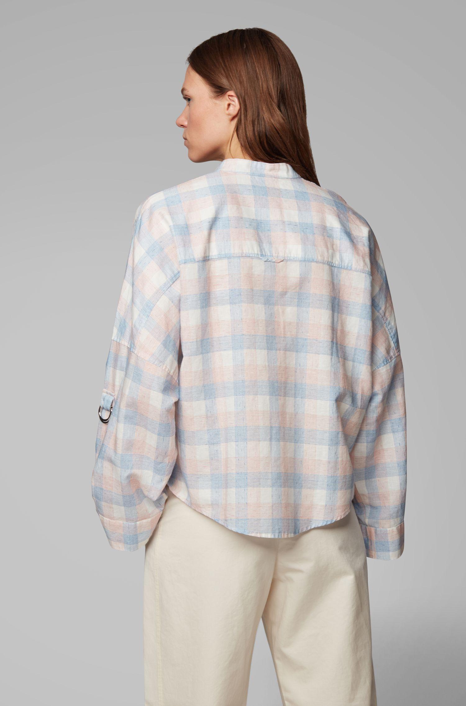 Karierte Oversized Bluse aus Leinen-Mix mit Baumwolle, Blau