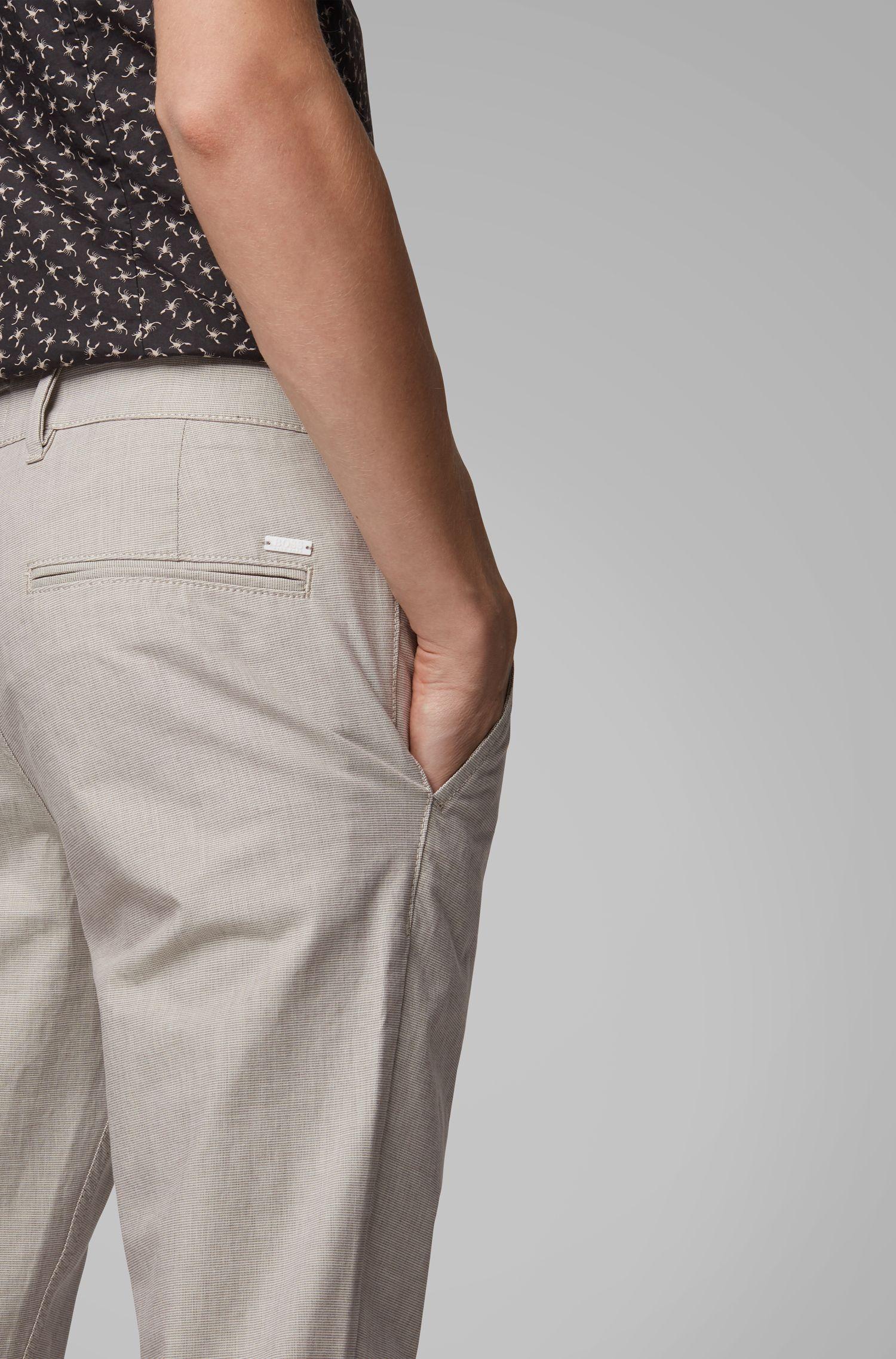 Slim-Fit Hose aus fein strukturierter Stretch-Baumwolle, Hellbeige