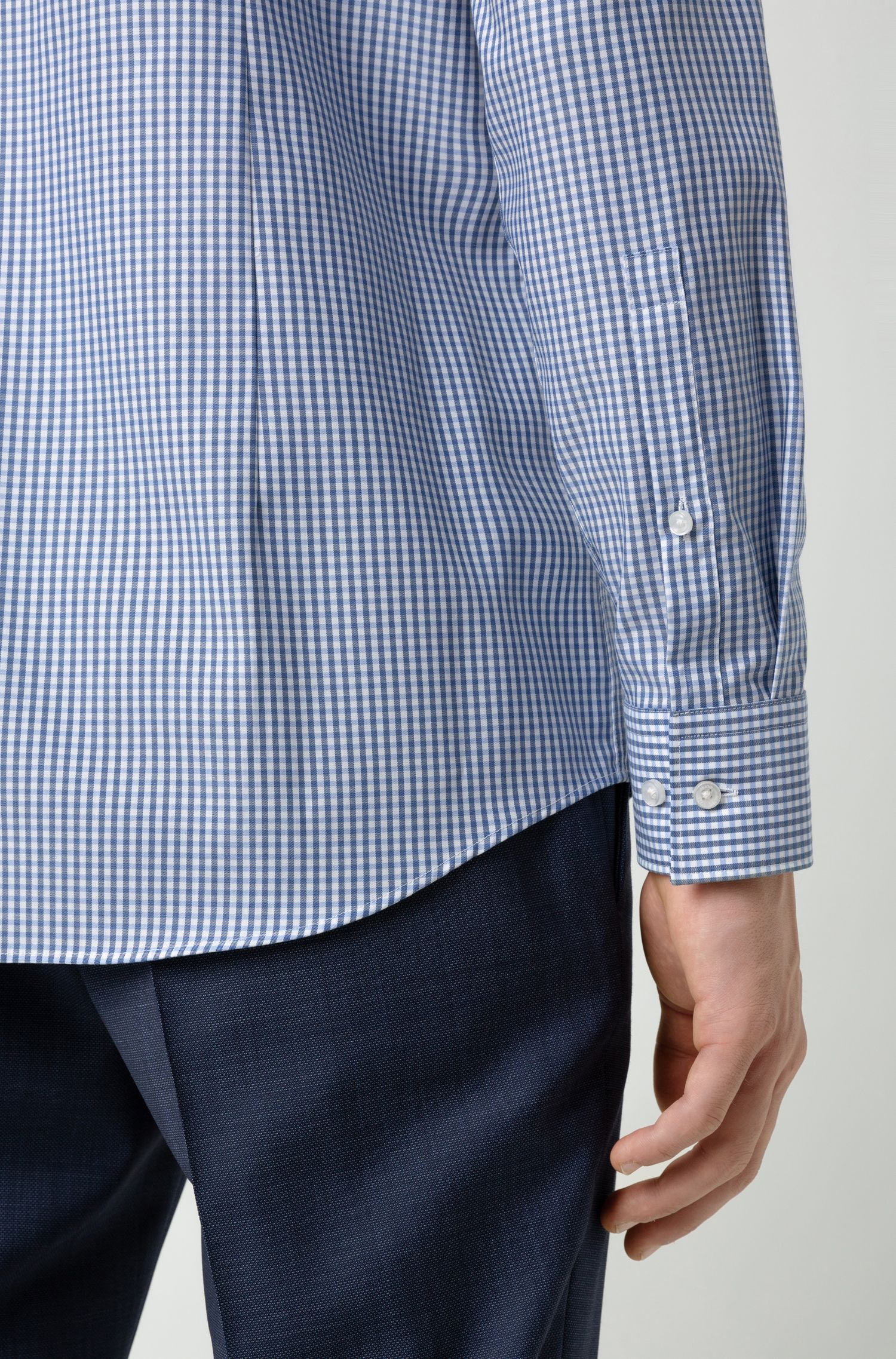 Slim-fit shirt in checked easy-iron cotton, Patterned