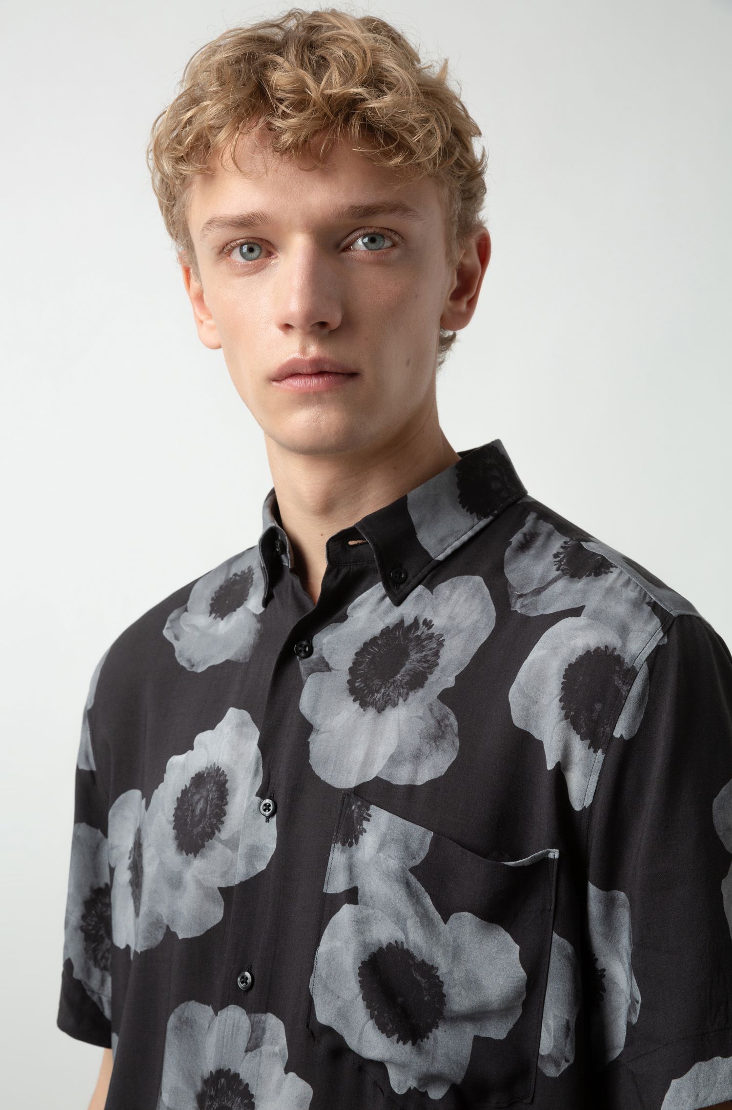 Relaxed-Fit Hemd mit fotonegativem Blumenprint, Gemustert