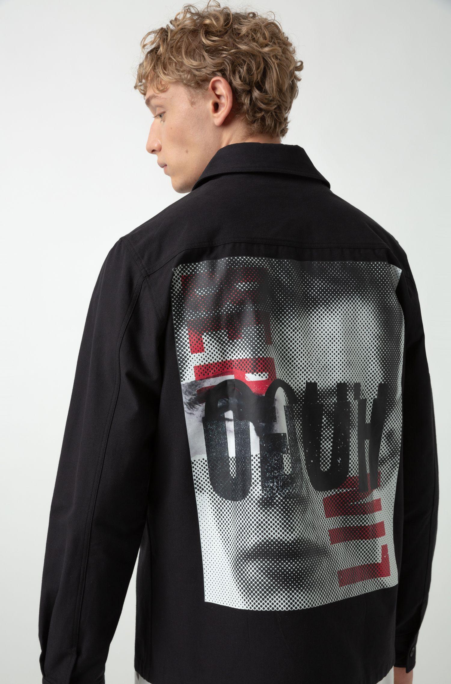 Camicia oversize con stampa HUGO Berlin sulla parte posteriore, Nero