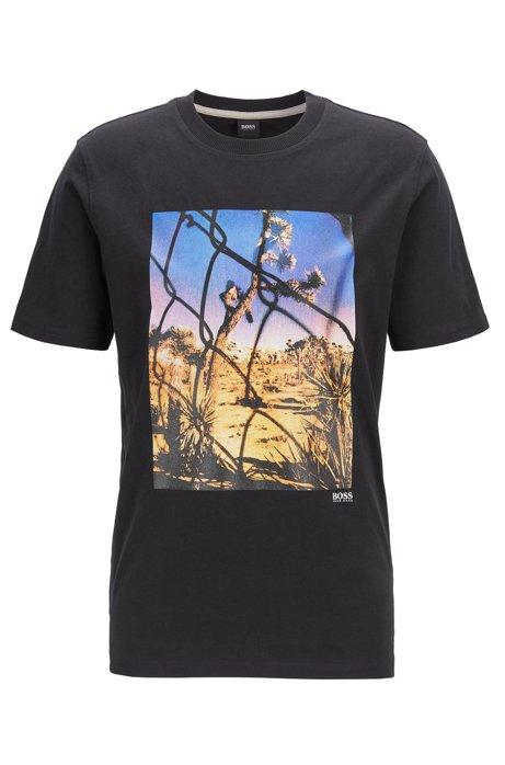 T-Shirt aus gewaschener Baumwolle mit Foto-Print und Rundhalsausschnitt, Schwarz