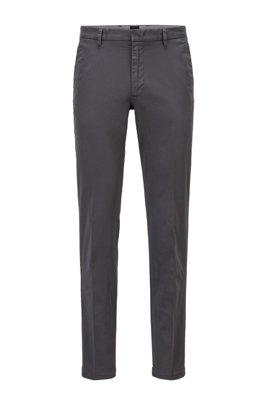 Slim-Fit Chino aus elastischer Baumwoll-Gabardine, Grau