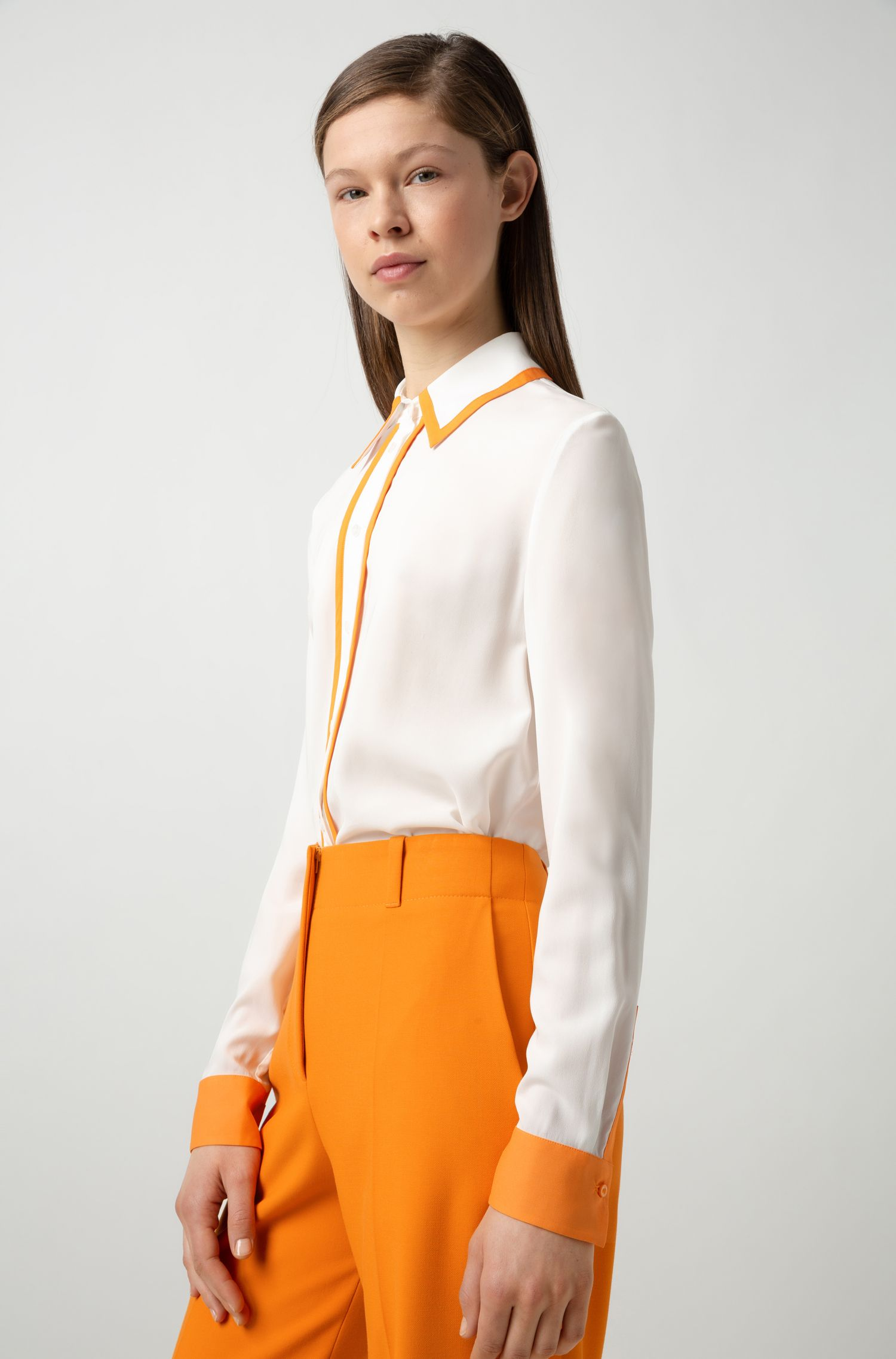 Straight-cut blouse with contrast accents, Natural