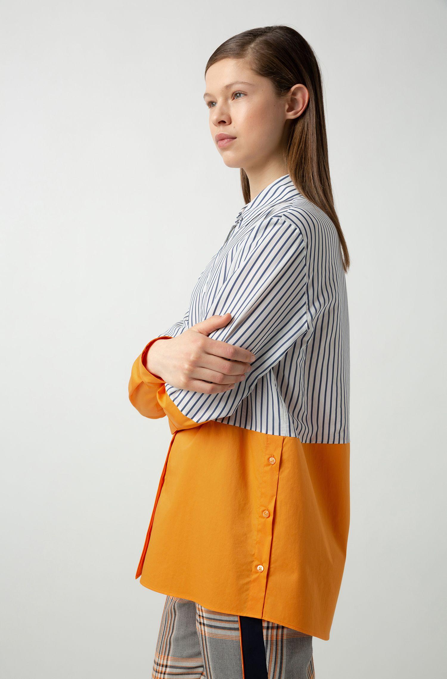 Chemisier Relaxed Fit à motif color block et boutons sur les coutures latérales, Fantaisie