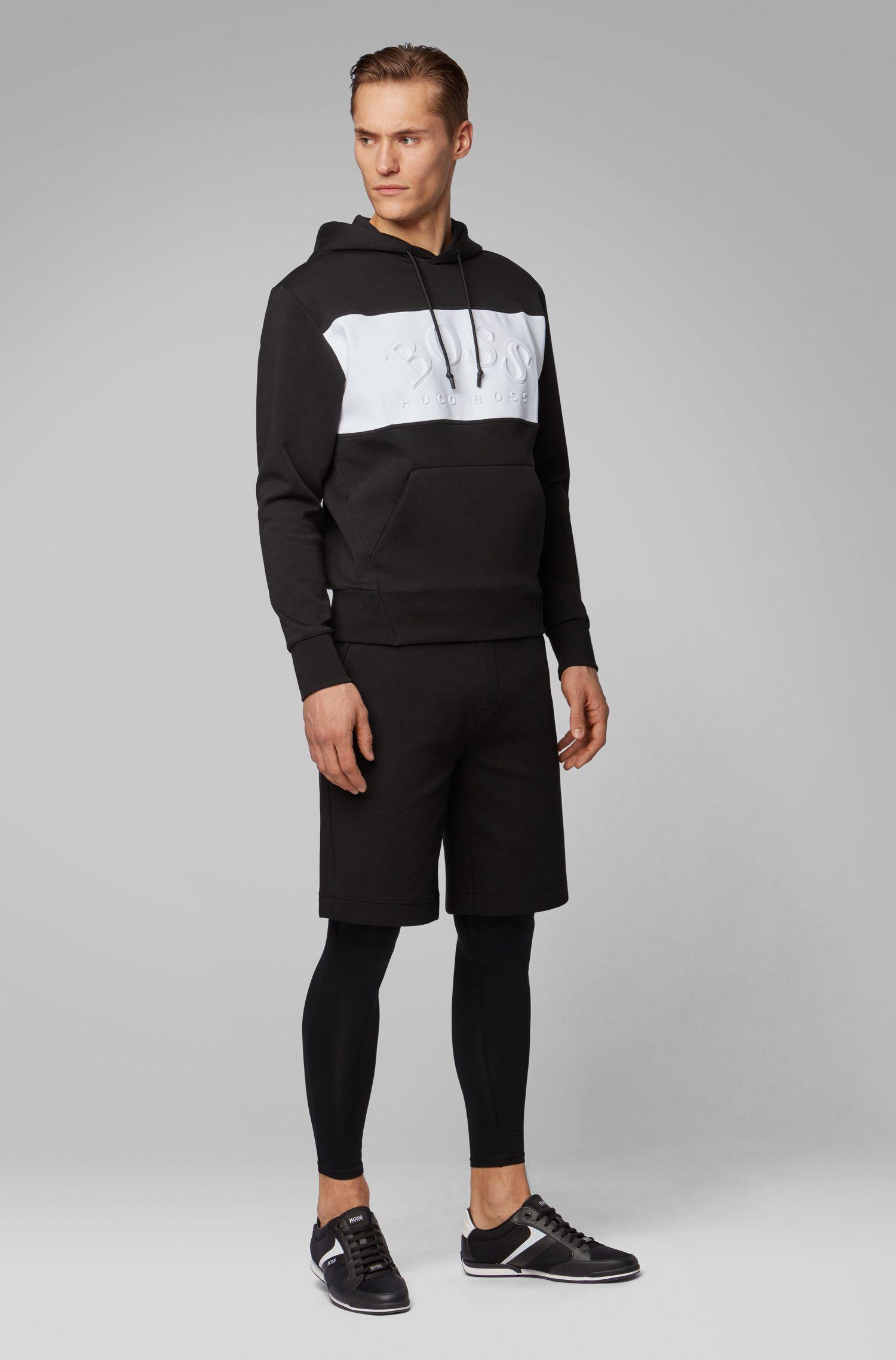 Relaxed-Fit Shorts mit Logo-Prägung auf der Tasche, Schwarz