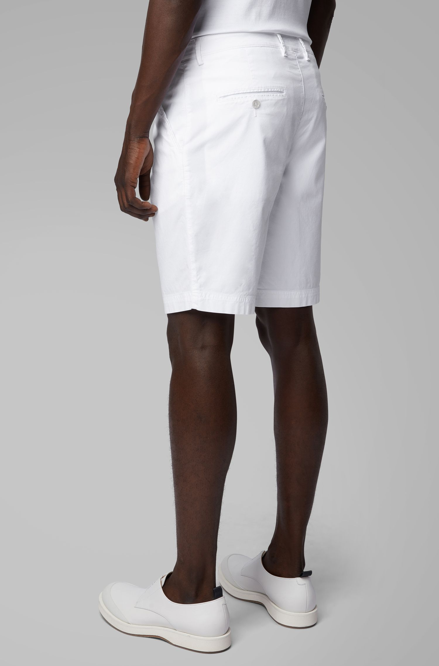 Shorts ligeros en algodón elástico italiano con tinción especial, Blanco
