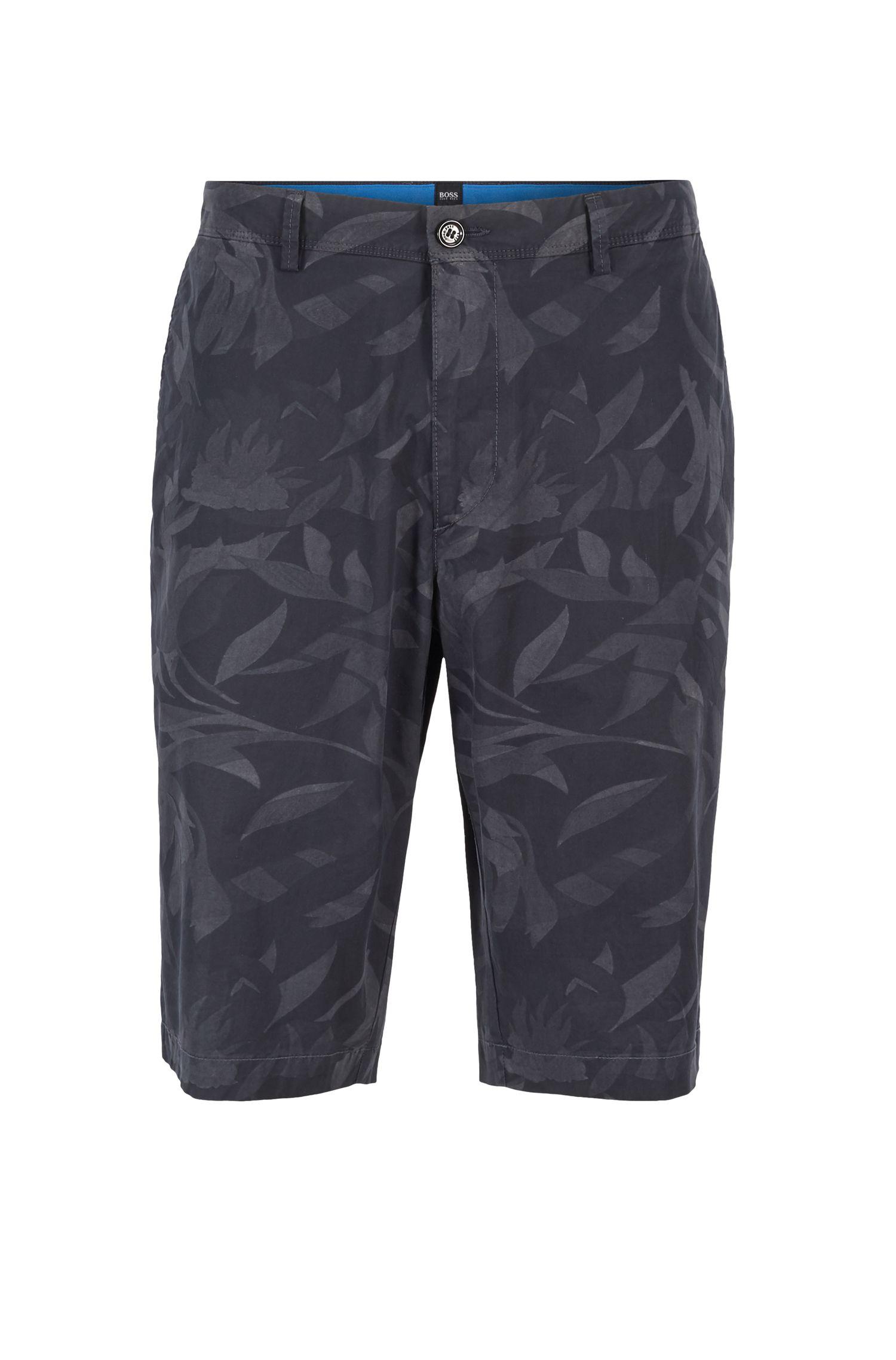 Regular-Fit Shorts aus leichter Stretch-Baumwolle mit Camouflage-Print und Paper-Touch-Finish, Dunkelblau