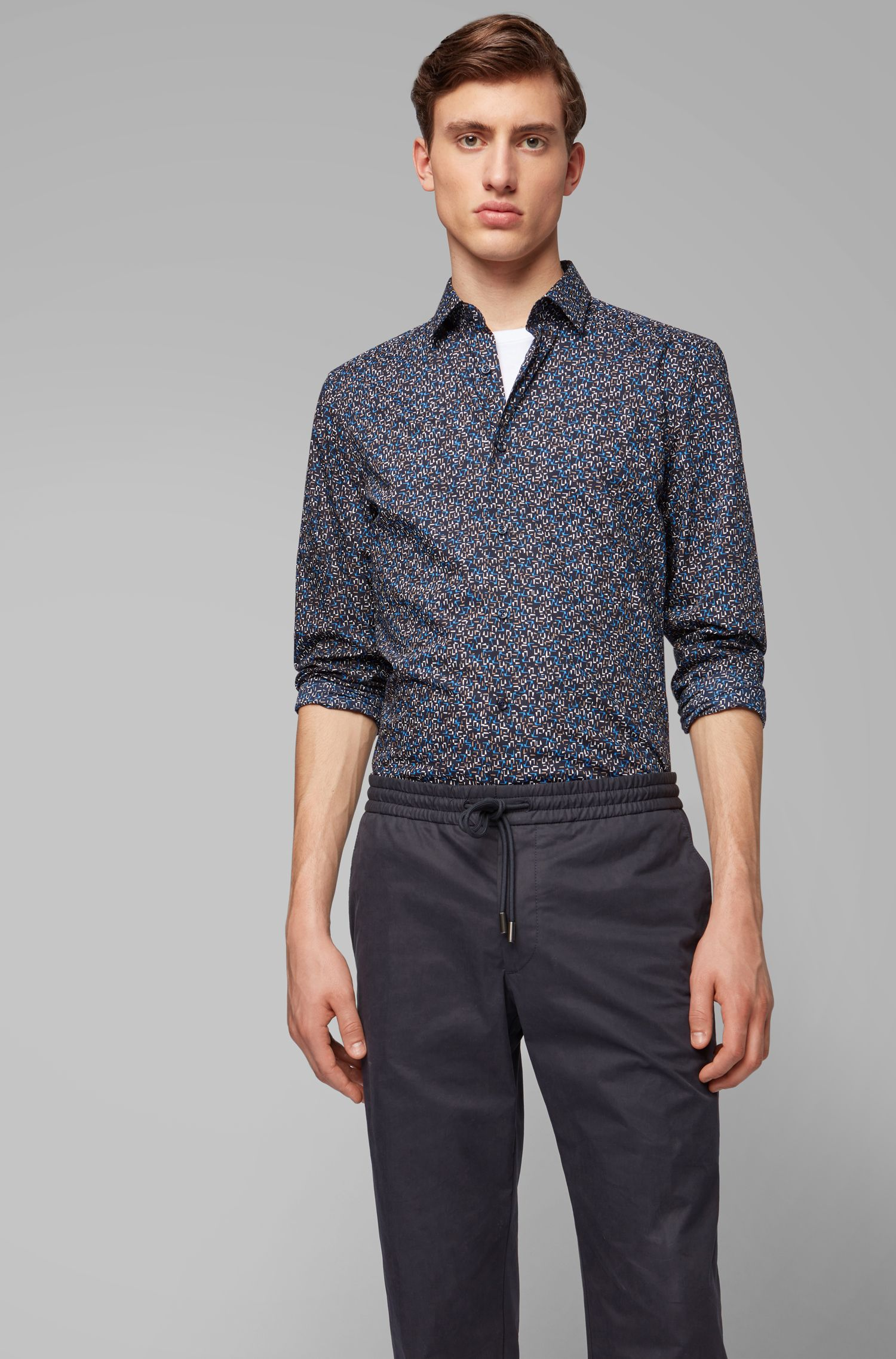 Slim-fit shirt in Italian cotton with abstract print, Dark Blue