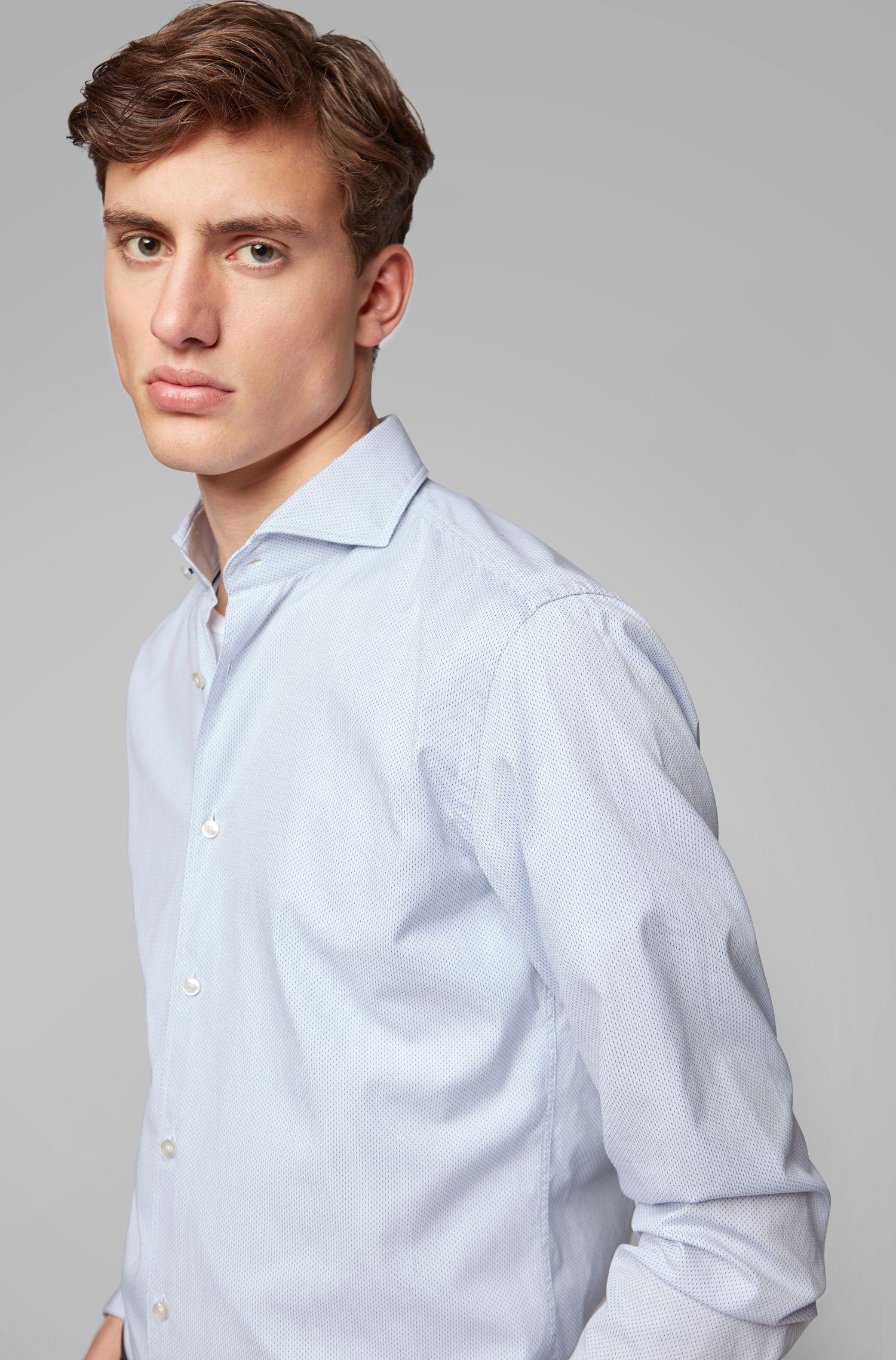 Slim-Fit Hemd aus strukturierter Baumwolle mit Cutaway-Kragen, Weiß