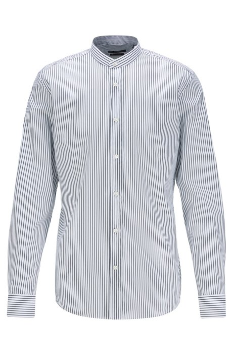 Camicia slim fit con righe a bastoncino e colletto rialzato, Nero