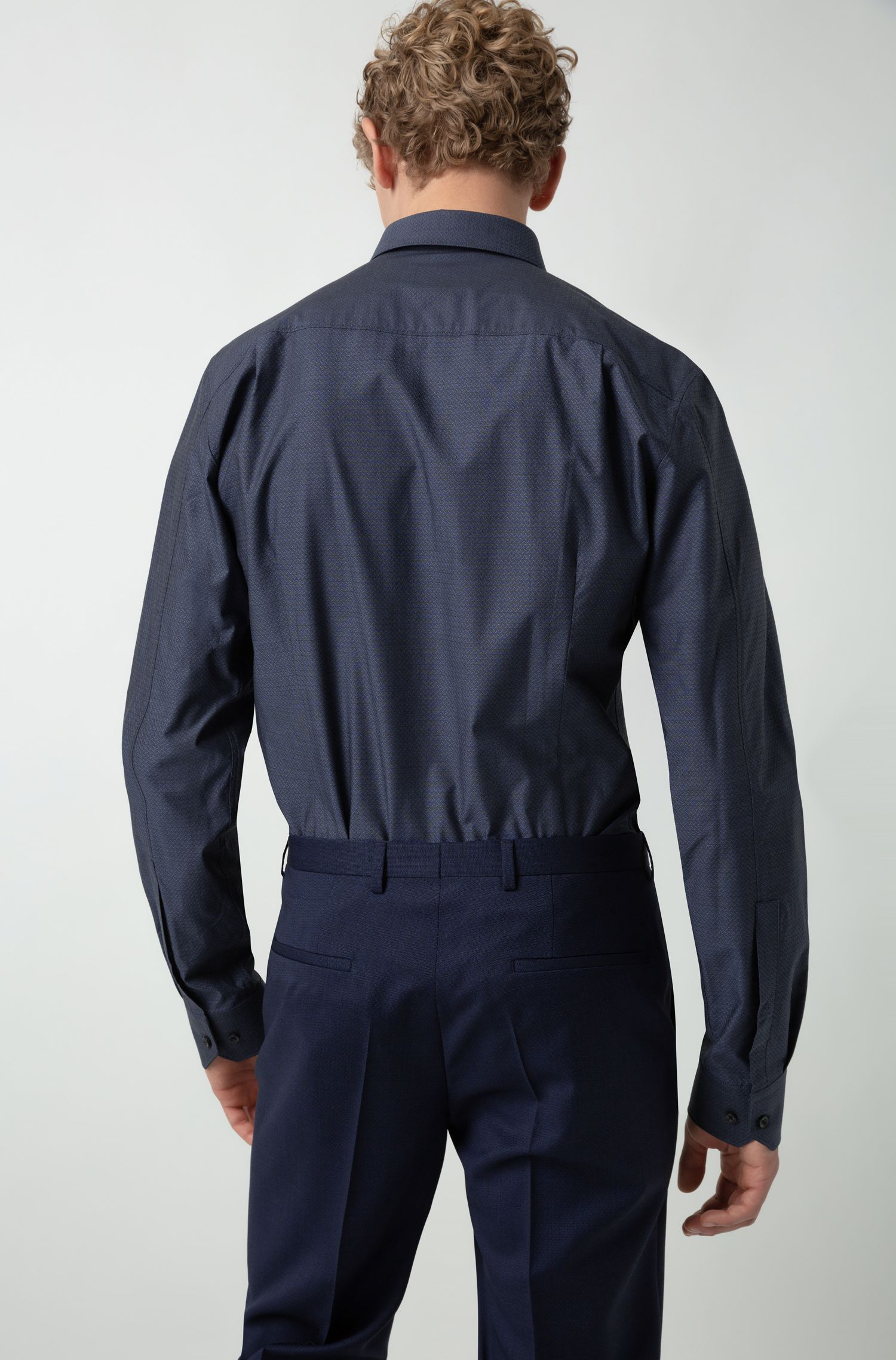 Abito regular fit in lana tropicale con micro motivo, Blu scuro