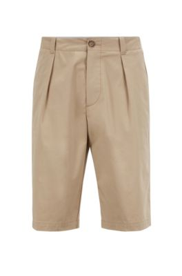 Short Relaxed Fit en gabardine de coton stretch à haute torsion, Beige clair