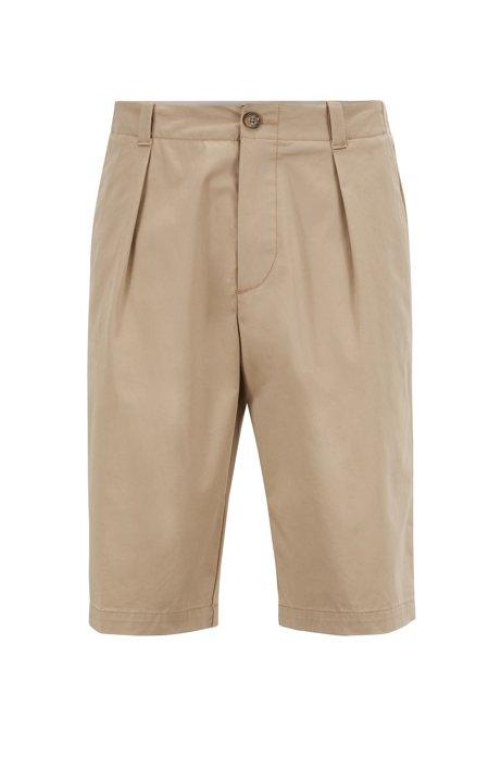 Relaxed-Fit Shorts aus hochgezwirnter elastischer Baumwoll-Gabardine, Hellbeige