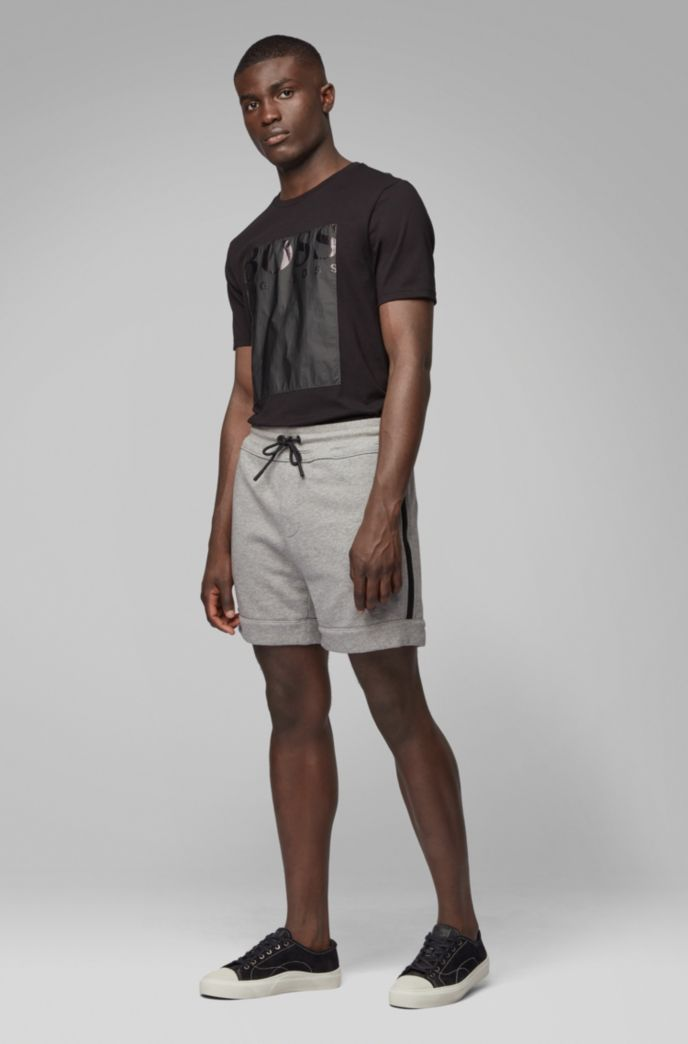 Relaxed-fit shorts in French terry with zipped pockets
