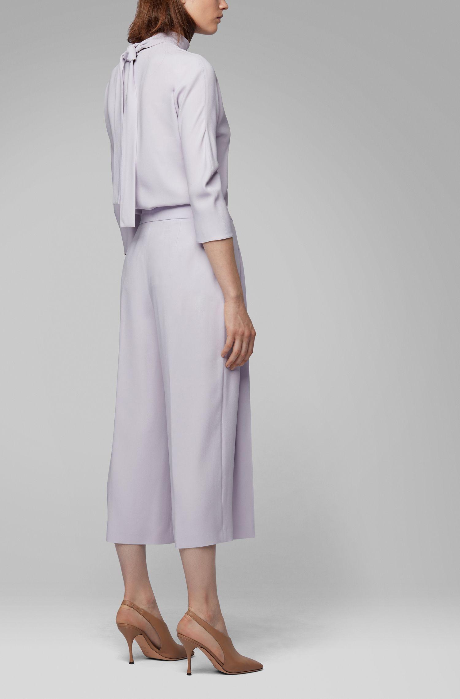 Pantalones con pernera ancha de estilo tobillero en crepé italiano con reverso satinado, Luz púrpura