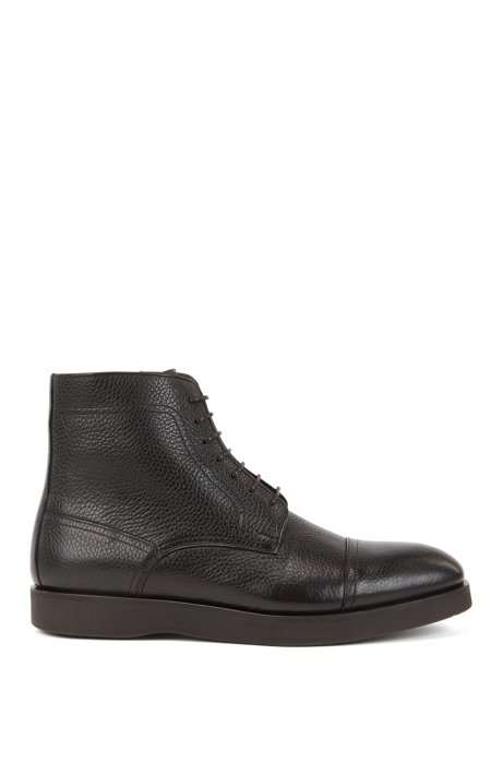 Portuguese-made lace-up boots in grained leather, Black
