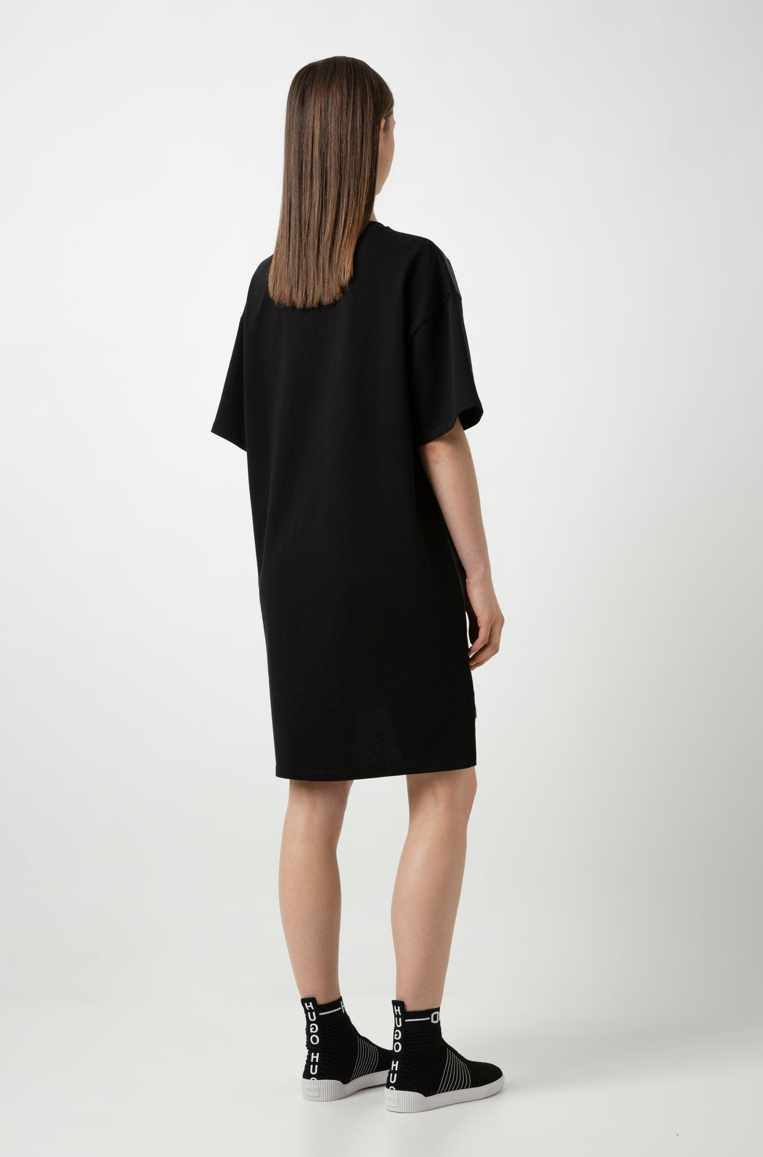Oversized-fit T-shirt dress with Berlin artwork, Black