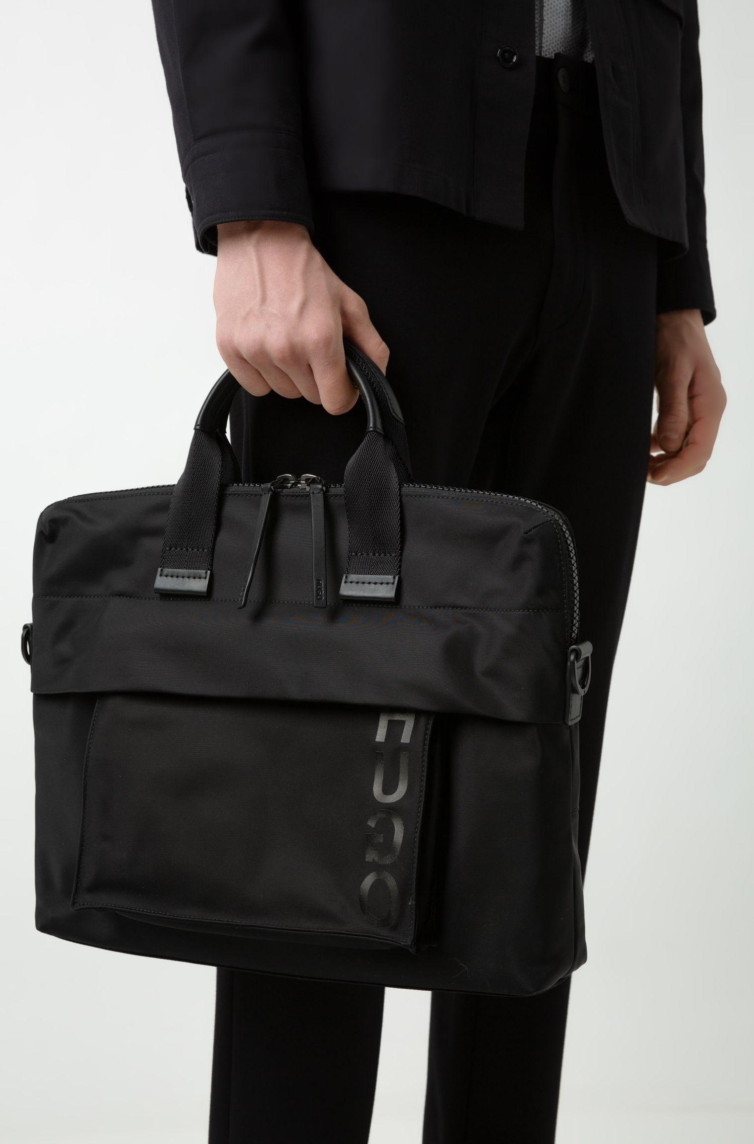Porte-documents simple en gabardine technique avec poche amovible, Noir