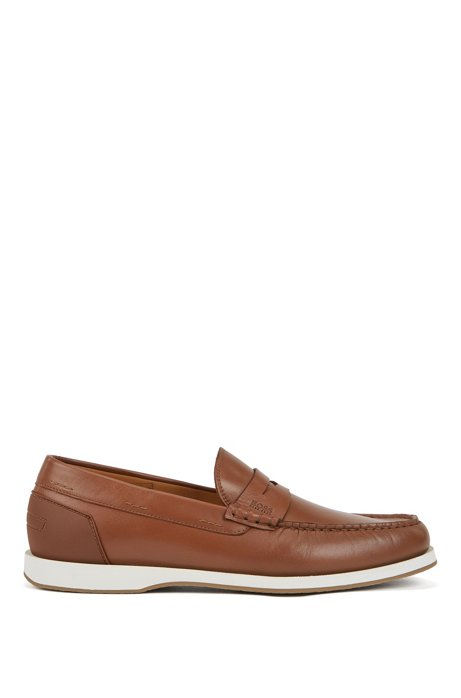Portuguese-made moccasins in smooth leather with rubber sole, Brown