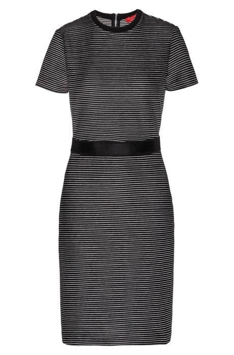 Slim-fit jersey jurk met tweekleurig streepdessin, Zwart