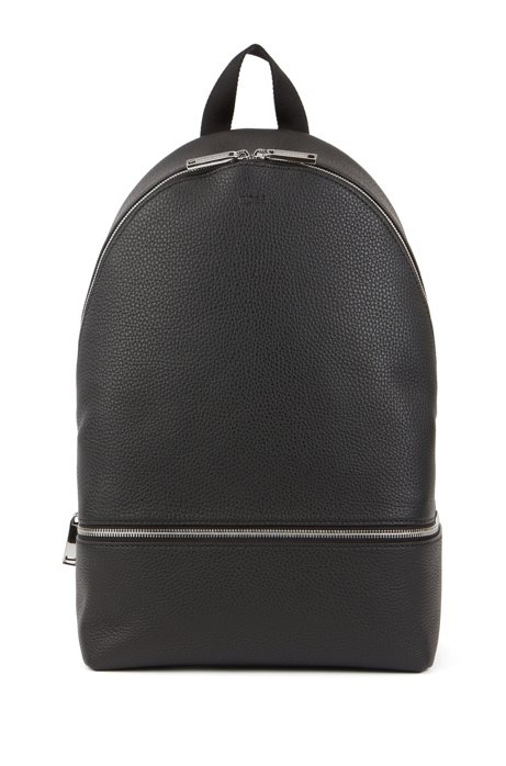 Backpack in grained Italian leather with mesh panel, Black