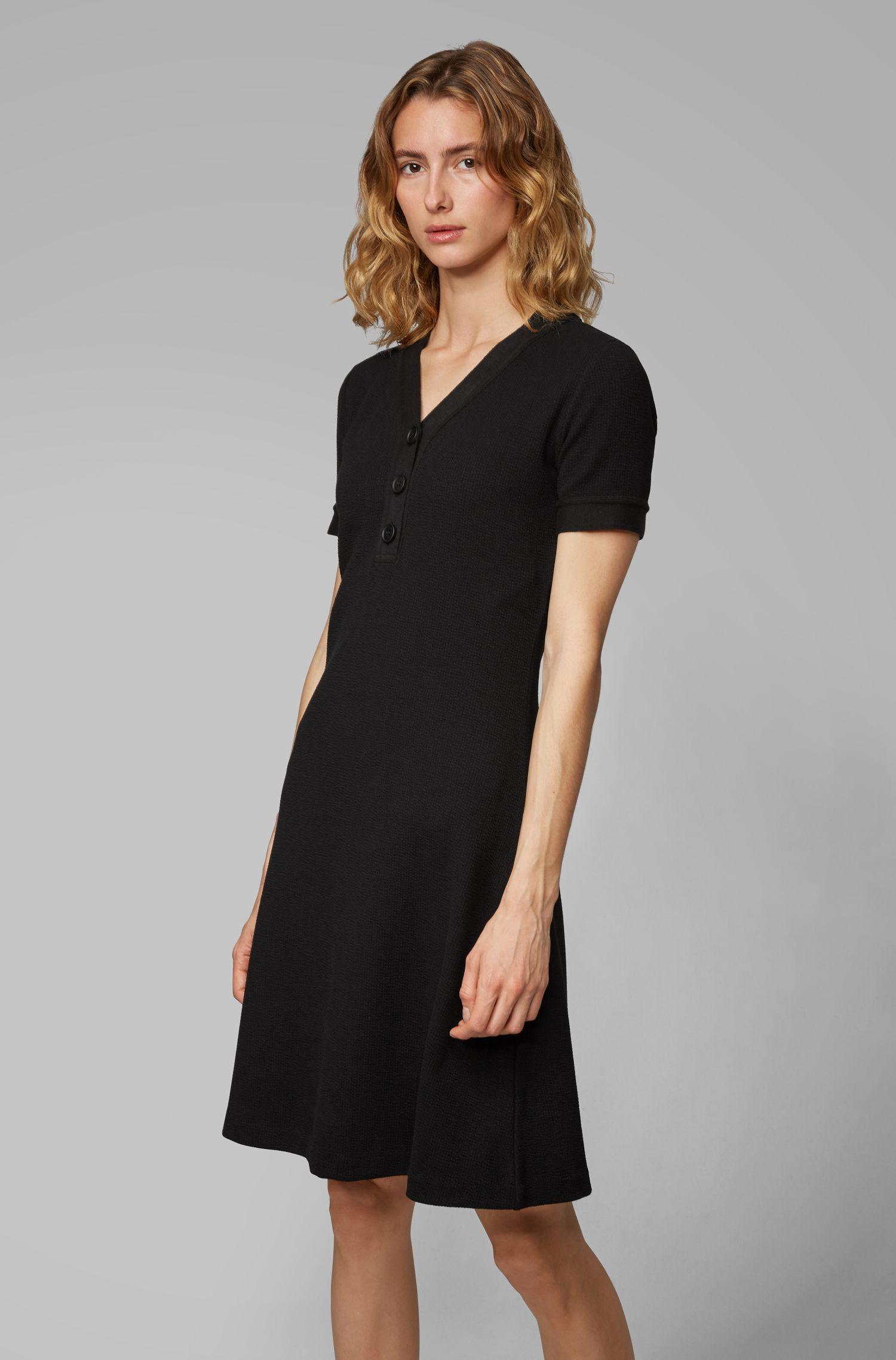 Vestido evasé con cuello Henley en tejido de punto otomano, Negro