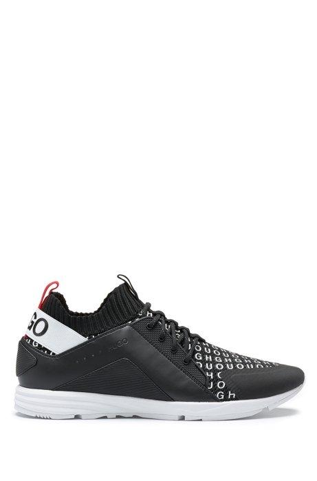 Sneakers met gebreide sok en herhaald logo op de wreef, Zwart