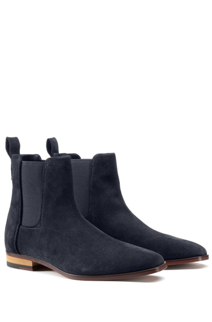 Suede Chelsea boots with a flex-foam insole