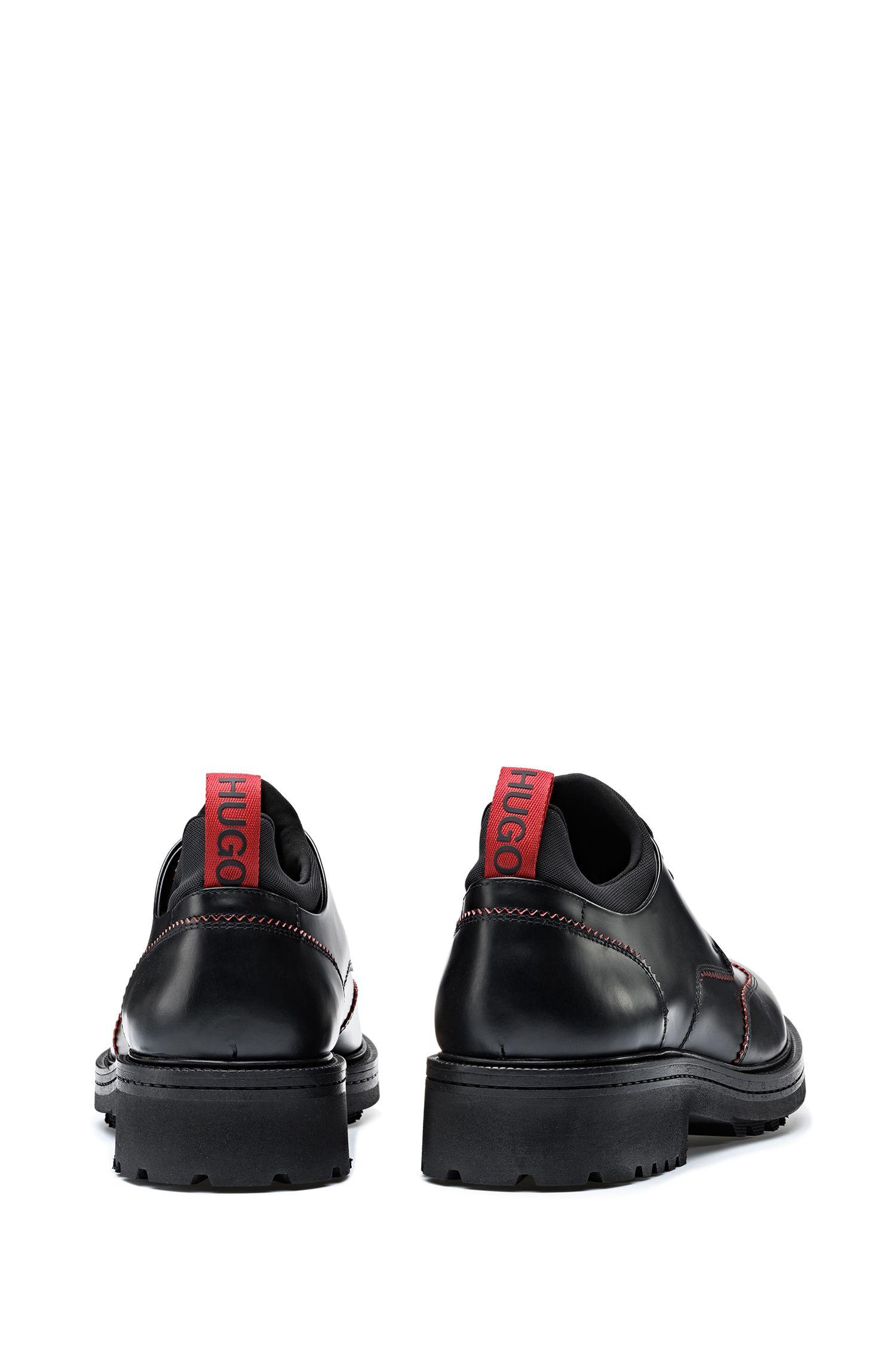 Derbyschoenen van geborsteld leer met robuuste profielzool, Zwart