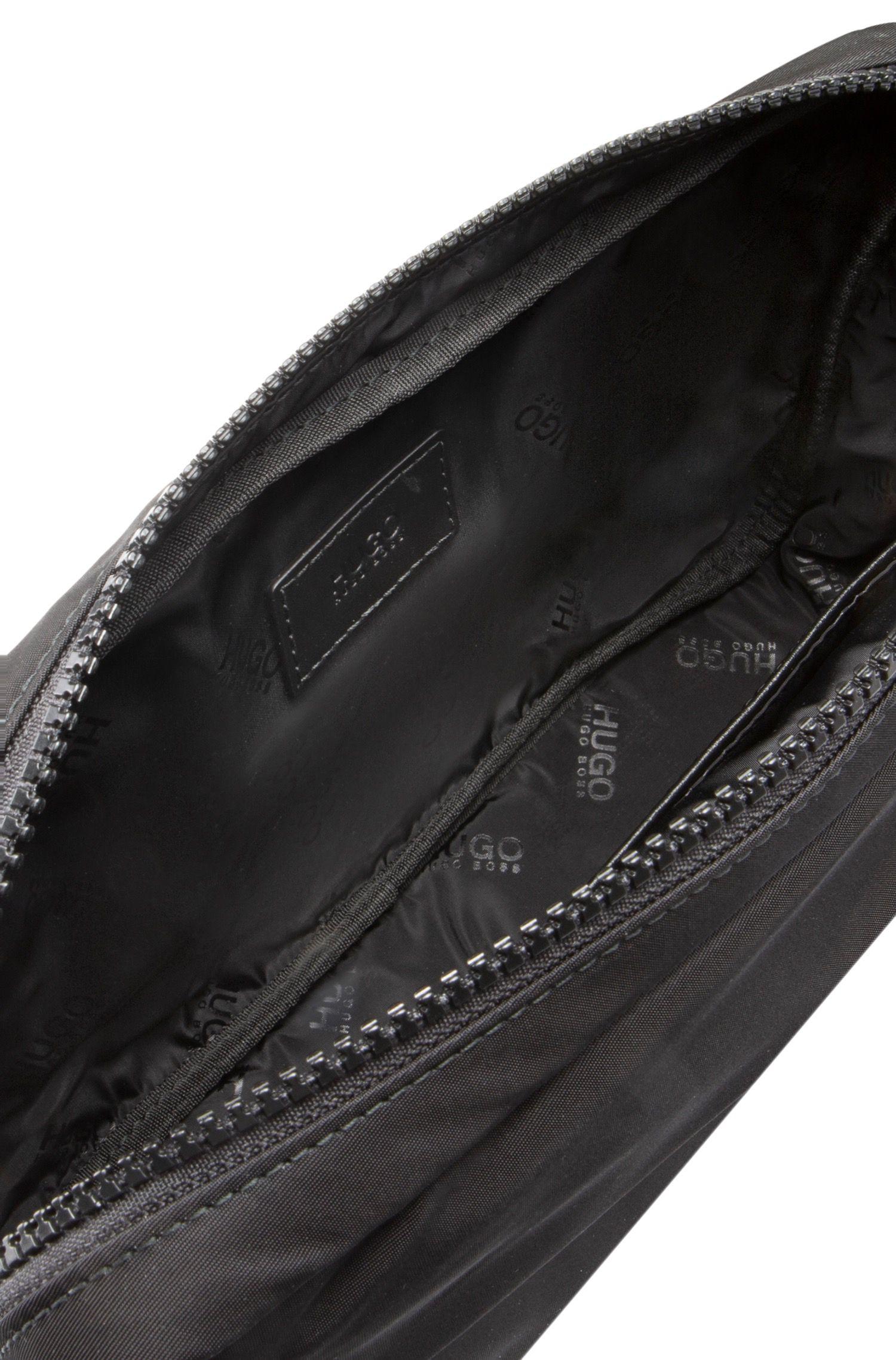 Verstellbare Gürteltasche aus Nylon-Gabardine mit abnehmbarer Pochette, Schwarz