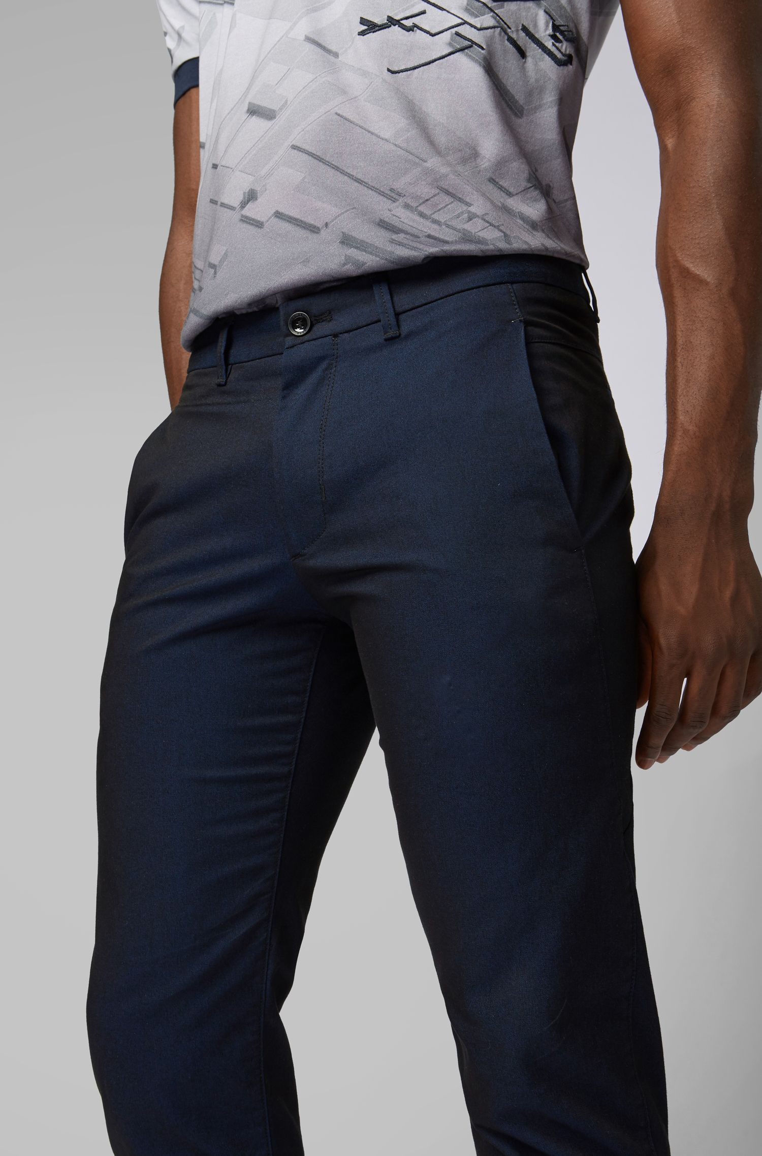 Chino Regular Fit en twill italien bicolore, Noir