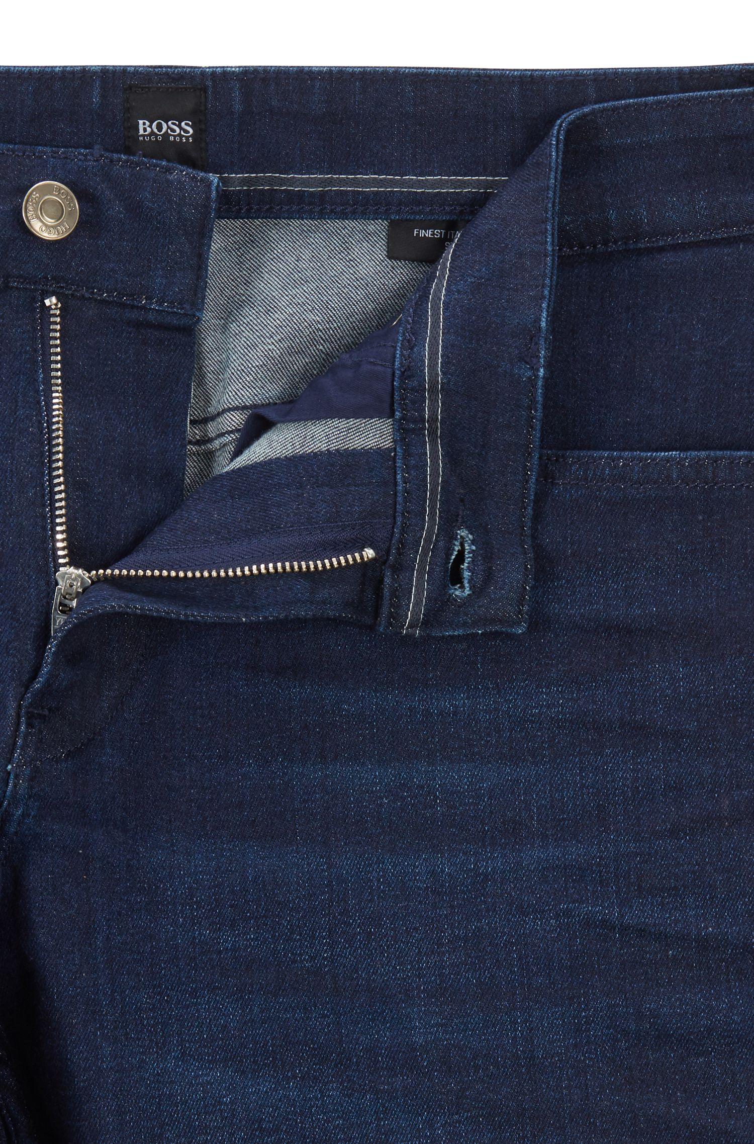 Vaqueros slim fit en denim elástico italiano con lavado de zafiro, Azul oscuro