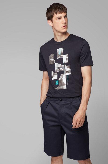 T-Shirt aus Single Jersey mit Rundhalsausschnitt und Print der Kollektion, Dunkelblau