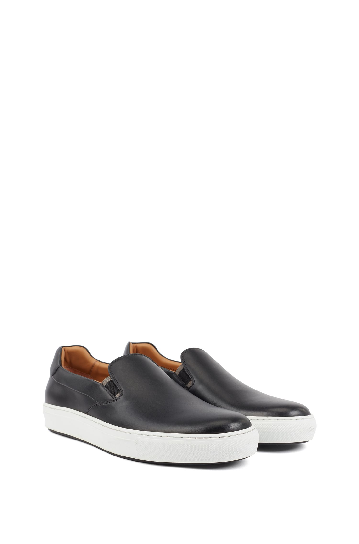 Italian-made slip-on trainers in burnished leather, Black