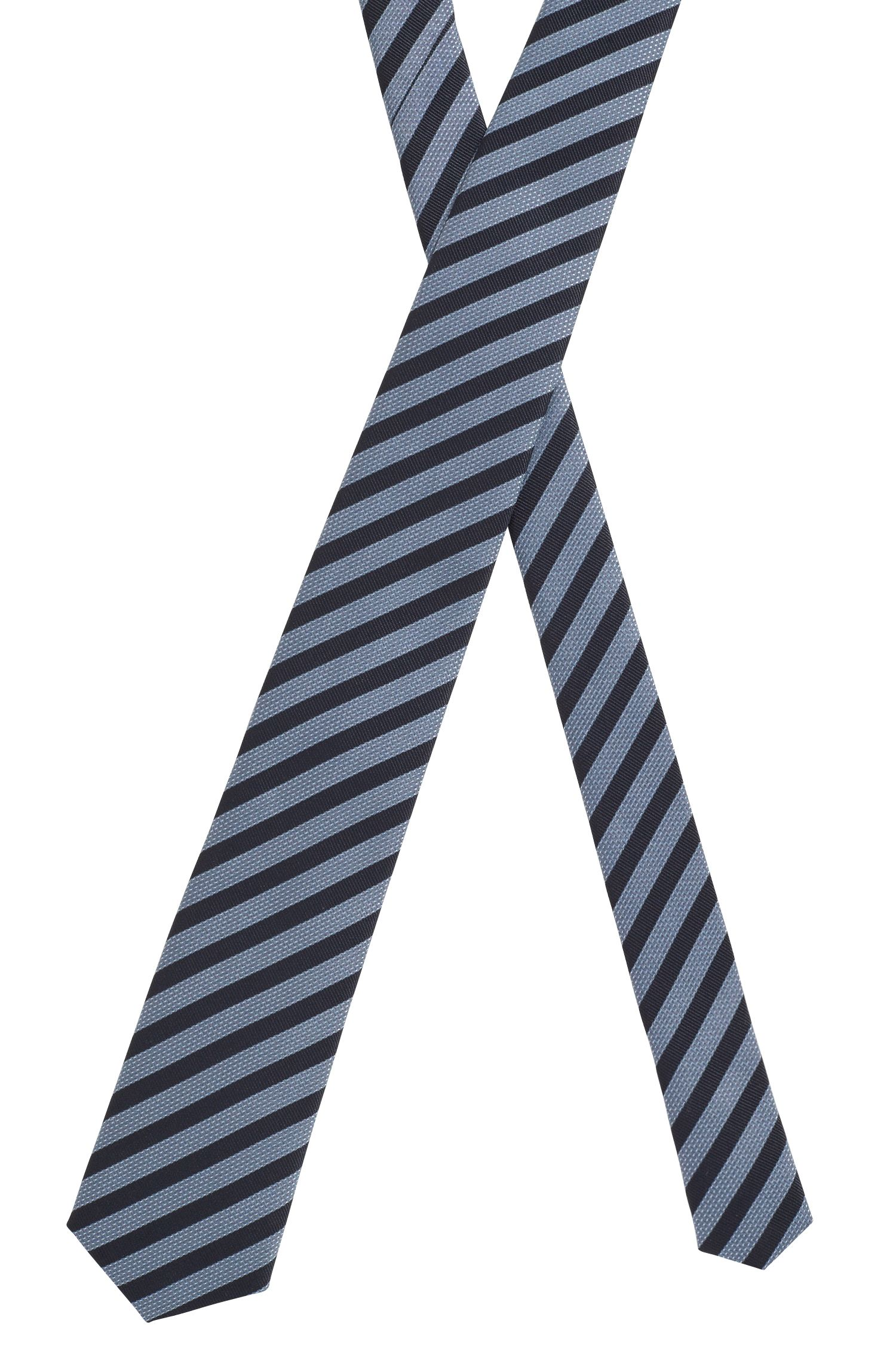 Stropdas in gestreepte waterafstotende zijde, van Italiaans fabricaat, Lichtblauw