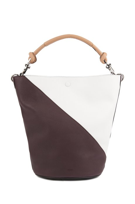 Colourblock bucket bag in soft leather, Dark Red