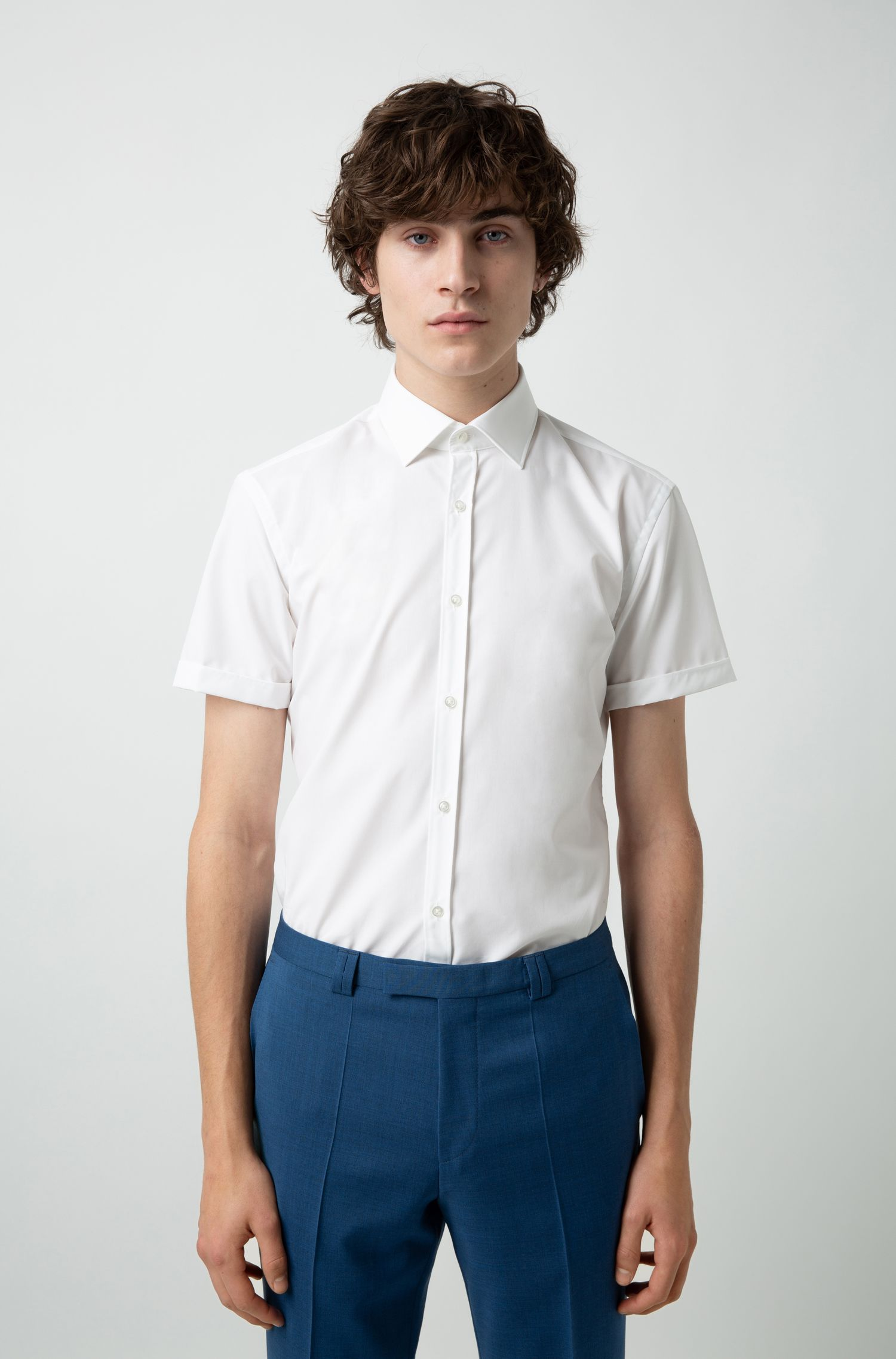 Slim-fit shirt in cotton poplin with short sleeves, White