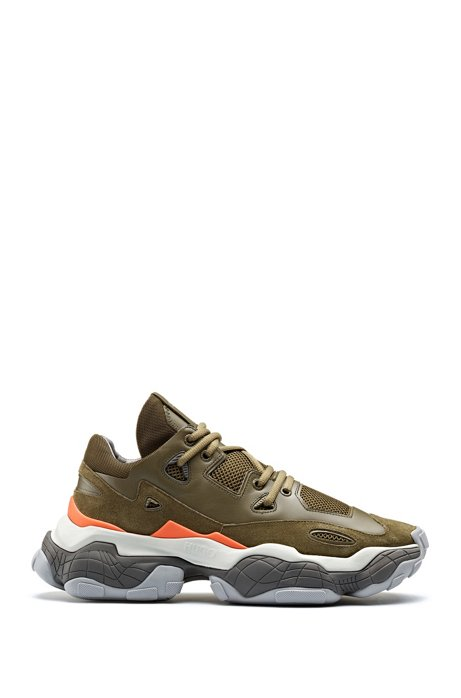 Sneakers aus Leder mit Schnürung und Mesh-Details, Dunkelgrün