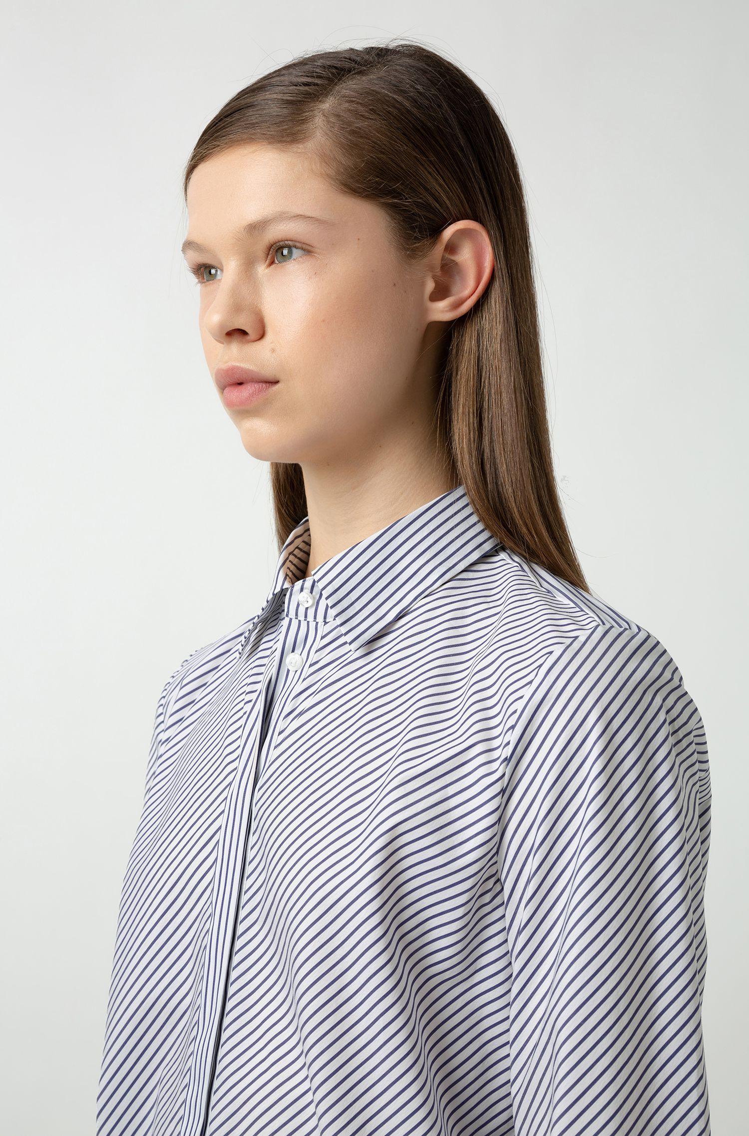 Regular-fit blouse met diagonale strepen en blinde sluiting, Bedrukt