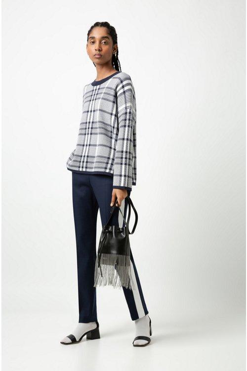 Hugo Boss - Pantalones de talle alto en tejido de gabardina elástico con raya en contraste - 2