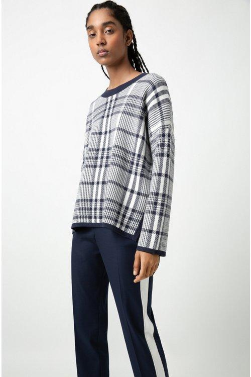 Hugo Boss - Pantalones de talle alto en tejido de gabardina elástico con raya en contraste - 4